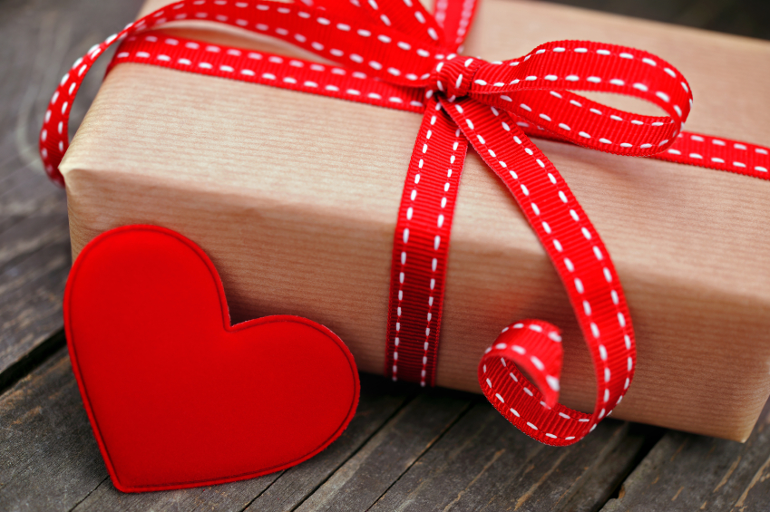 8d2a4d1b66018 Gift Ideas for Valentines Day – The Charles Street Times
