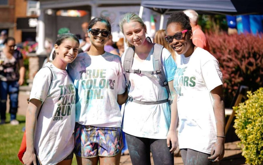 Pictured+here+are+LHS+students+who+took+part+in+the+Color+Run